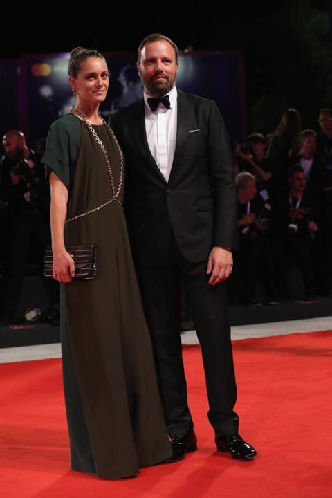 Yorgos Lanthimos e Ariane Labed sul red carpet di Venezia 75