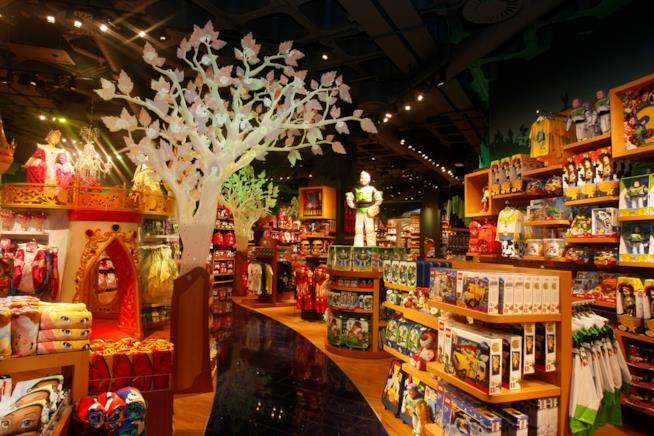 L'interno di un Disney Store, paradiso dei bambini