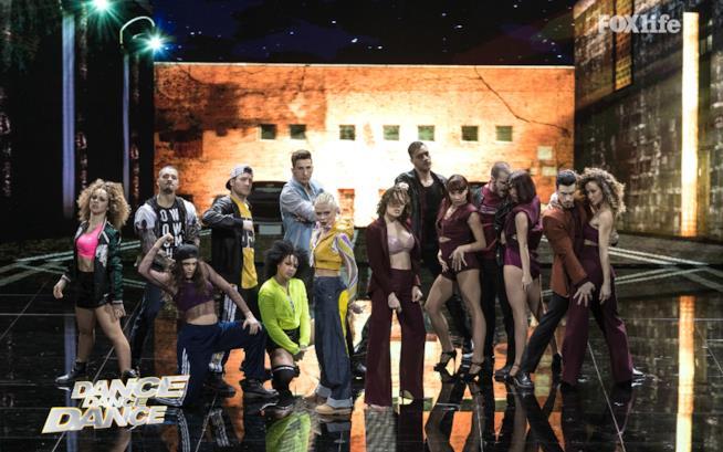 Le Donatella, prima esibizione nella finale di Dance Dance Dance 2