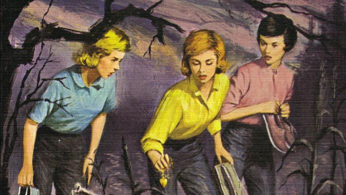 Nancy Drew con le sue migliore amiche