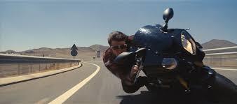 Tom Cruise in moto