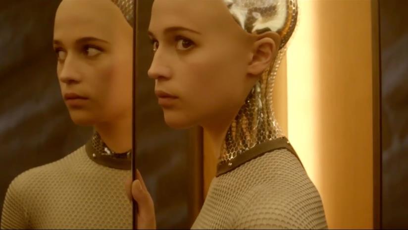 Il robot Ava di Ex Machina, dotato di straordinaria intelligenza