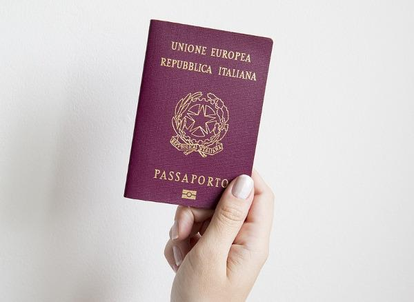 un Passaporto