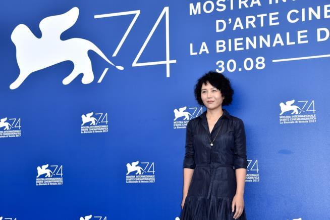 Vivian Qu alla presentazione del suo film Angels Wear White Venezia 74