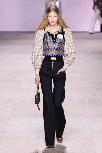 Sfilata LOUIS VUITTON Collezione Donna Primavera Estate 2020 Parigi - _PLA0011