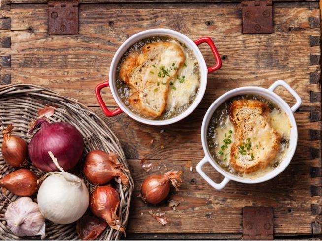 Zuppa di cipolle rosse toscana, il primo invernale