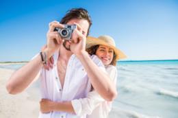 fotografia-in-spiaggia-coppia-viaggio