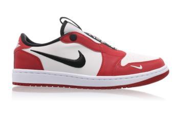 La nuova sneaker AJ1 Low Slip Chicago
