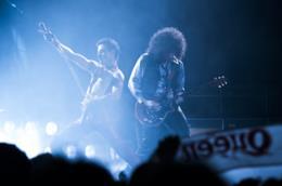 Una immagine del film Bohemian Rhapsody diretto da Bryan Singer