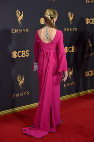 Jane Fonda posa sul red carpet Emmy