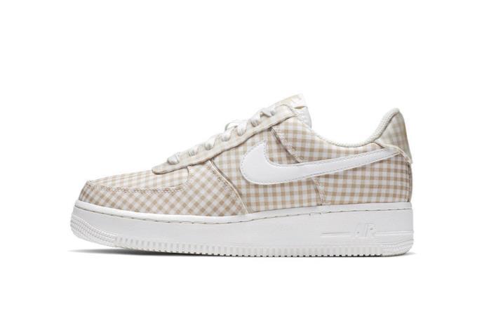 Nike Air Force 1 quadretti beige