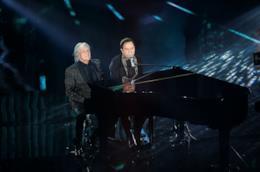 L'esibizione di Roby Facchinetti e Riccardo Fogli a Sanremo 2018