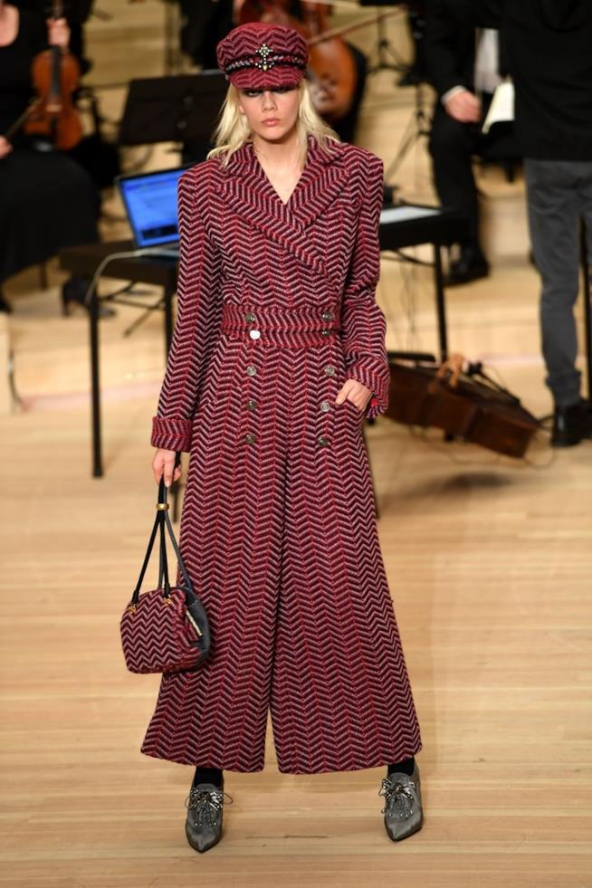 Uno dei look più belli visti da Chanel