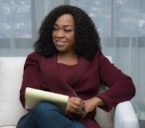 Shonda Rhimes alla guida di una MasterClass per insegnare i segreti delle serie TV