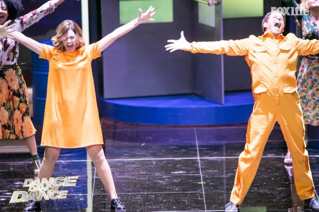Samanta Piccinnetti e Michelangelo Tommaso durante una performance di Dance Dance Dance