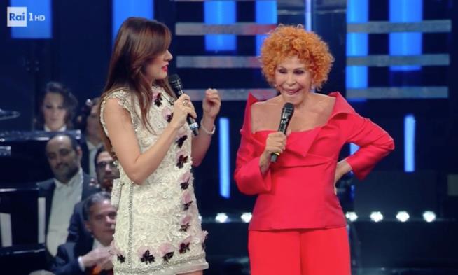 Ornella Vanoni con Virginia Raffaele