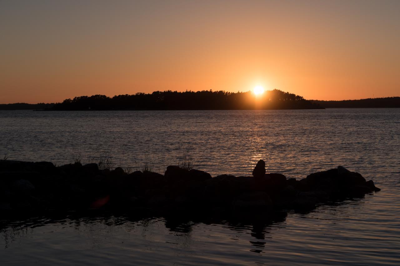 L'isola di Supershe per sole donne, sole