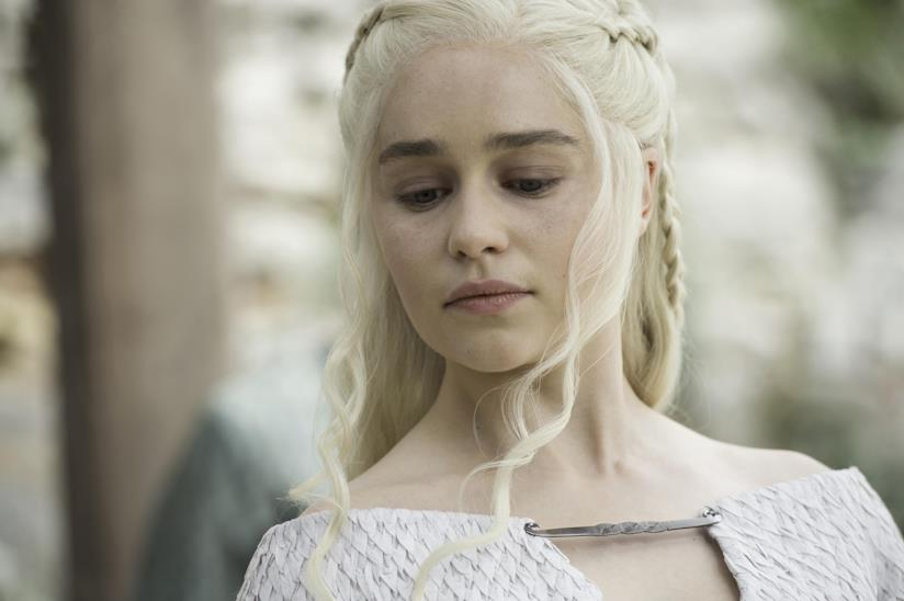 Primo piano di daenerys targaryen