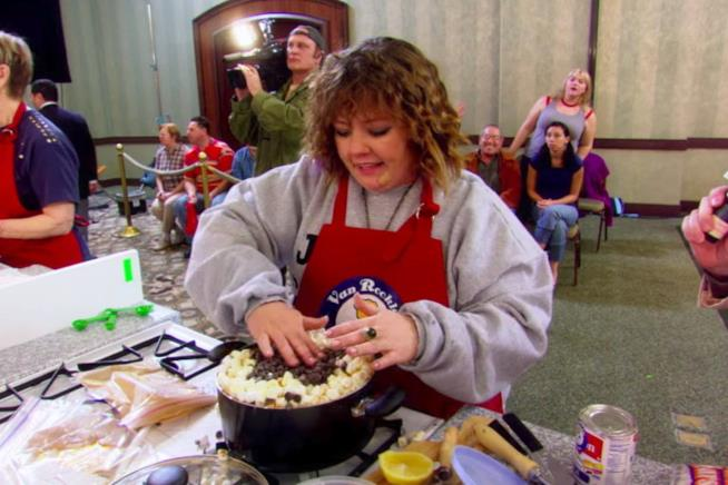 Melissa McCarthy in Cook-Off!