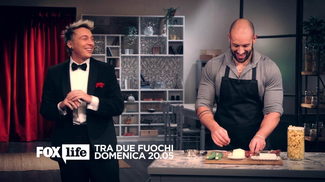 Roberto Bertolini e Andrea Mainardi durante la preparazione del piatto
