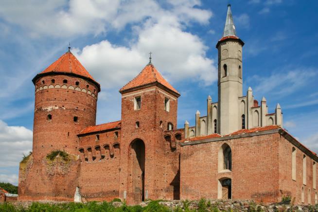 """Il castello dove venne giustiziata """"l'ultima strega"""" d'Europa"""