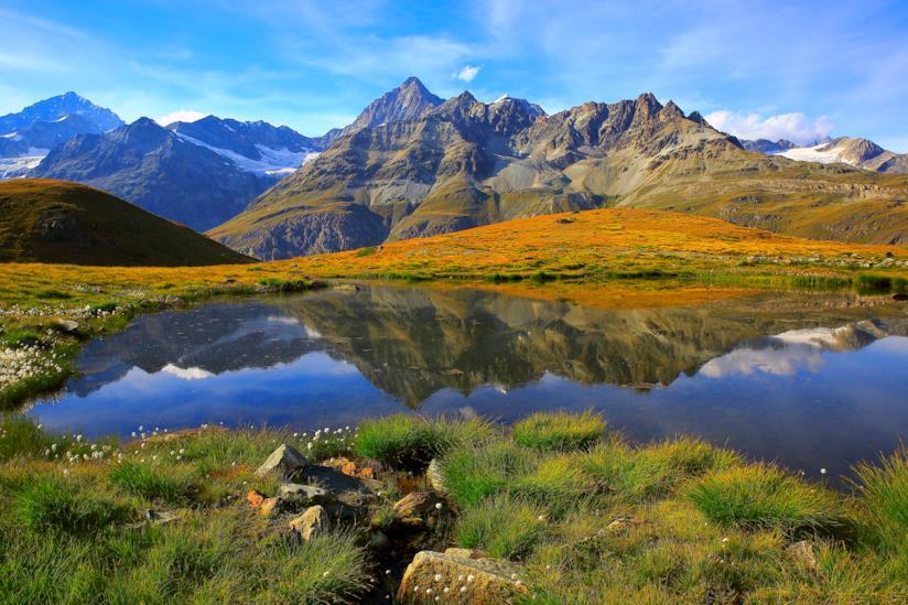 Zermatt, paesaggio di montagna tra le Alpi svizzere