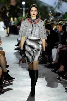 Sfilata LOUIS VUITTON Collezione Donna Primavera Estate 2020 New York - Vuitton Resort PO RS20 0038