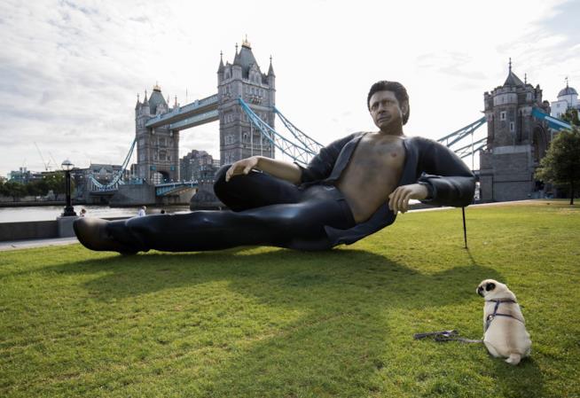 Una scultura di Jeff Goldblum a Londra