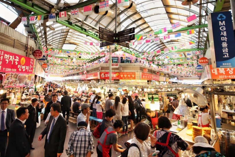 Stand di cibo al Mercato di Gwangjang