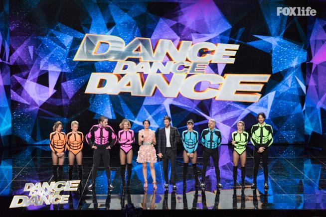 Esibizione di gruppo del settimo serale di Dance Dance Dance 2