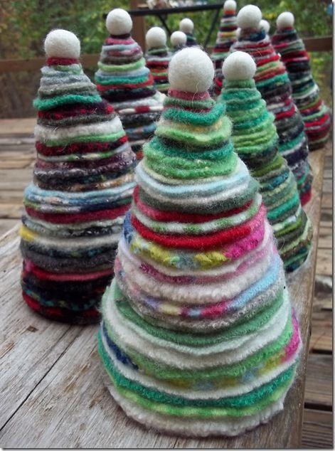 Pino di lana natalizio
