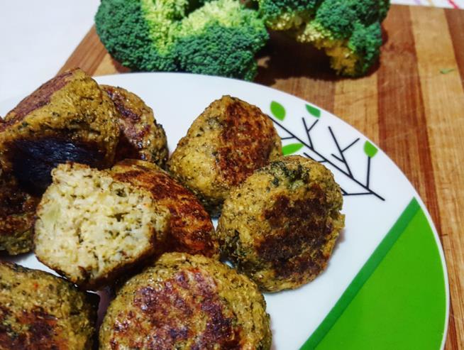 Piatto con palline di verdura