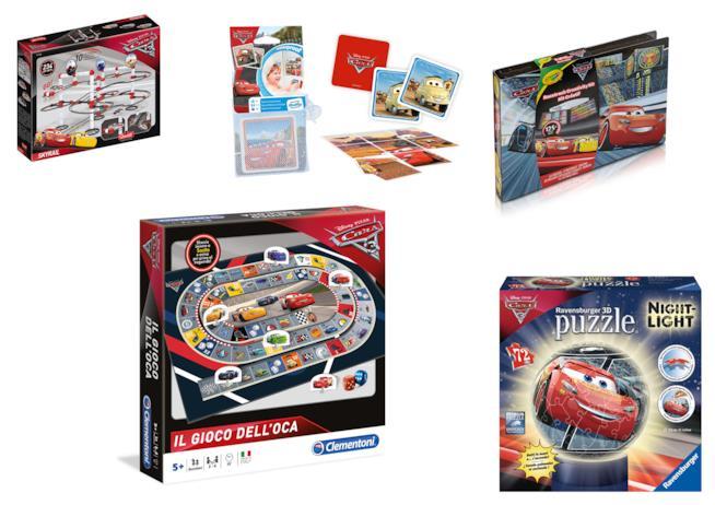 Collage di giocattoli di Cars 3