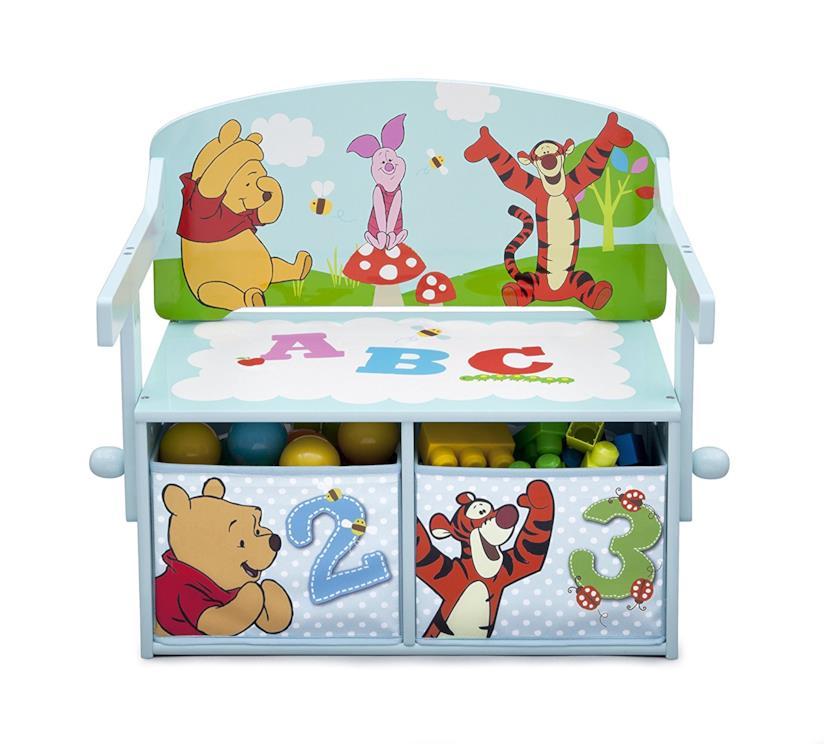 La panca di Winnie The Pooh per mettere tutti i giocattoli in ordine