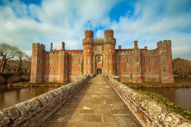 Ingresso del castello di Herstmonceux, nel Sussex