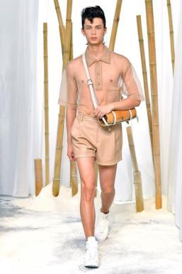 Sfilata FENG CHEN WANG Collezione Uomo Primavera Estate 2020 Londra - CSC_2211