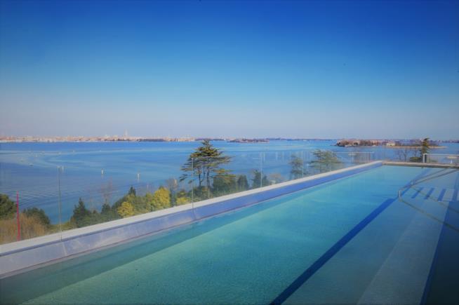 Infinity pool dello JW Marriott Venice Resort & Spa