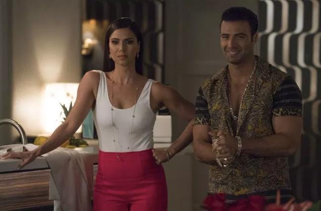 Un'immagine dall'episodio 1x02 di Grand Hotel