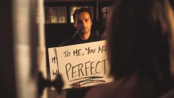 Andrew Lincoln in una scena di Love Actually
