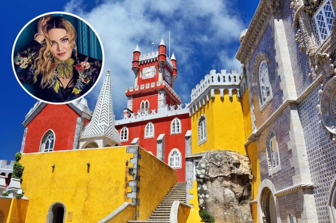 Madonna e palazzo Pena a Sintra in Portogallo
