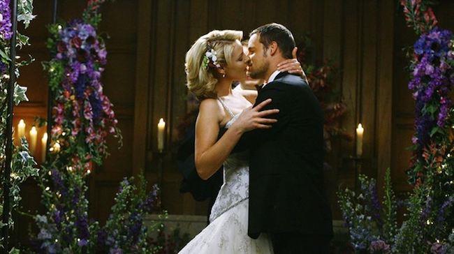 Il matrimonio di Alex con Izzie