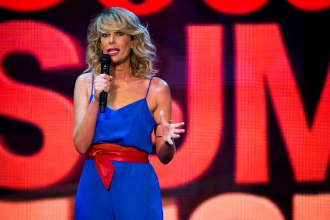 Alessia Marcuzzi, la showgirl condurrà il WSF