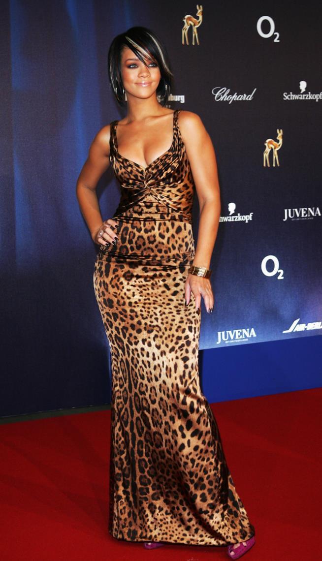 Rihanna con abito leopardato Bambi Awards 2007