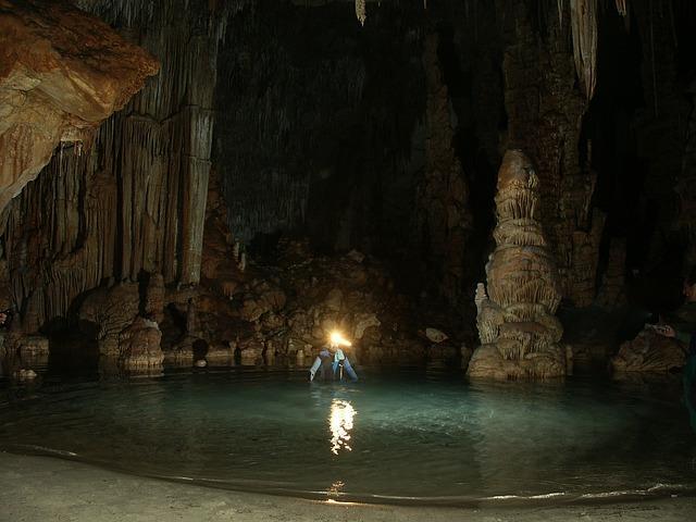 L'interno di una grotta di Maiorca