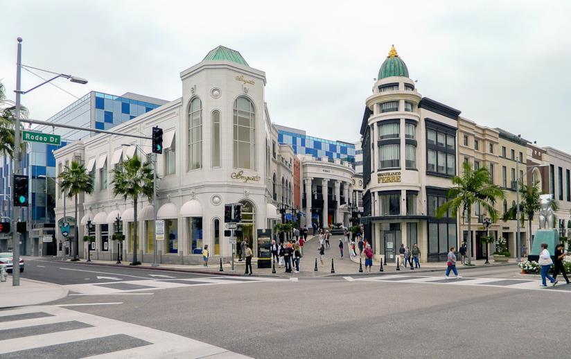 Rodeo Drive, la celebre via dello shopping di Beverly Hills