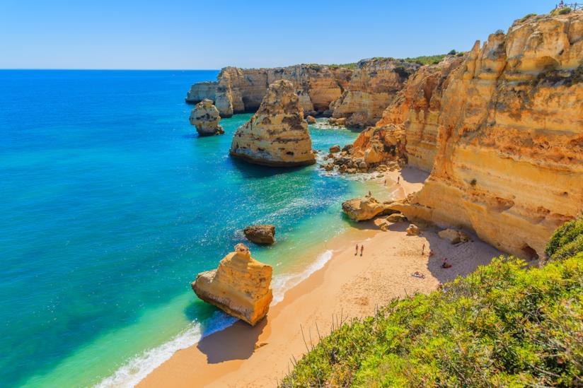 Spiagge e costiere di Marinha Beach nella regione dell'Algarve, Portogallo