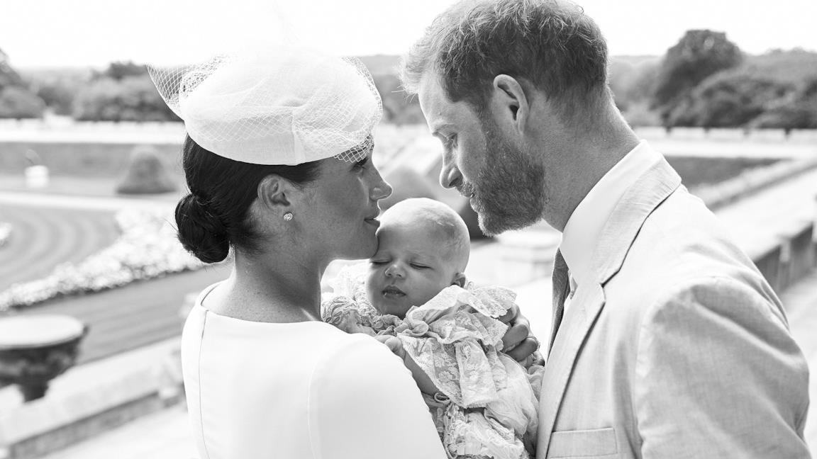 Meghan e Harry al battesimo di Archie