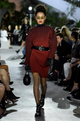 Sfilata LOUIS VUITTON Collezione Donna Primavera Estate 2020 New York - Vuitton Resort PO RS20 0035