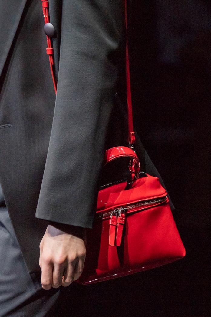 Una borsa a tracolla Armani MFW 2019