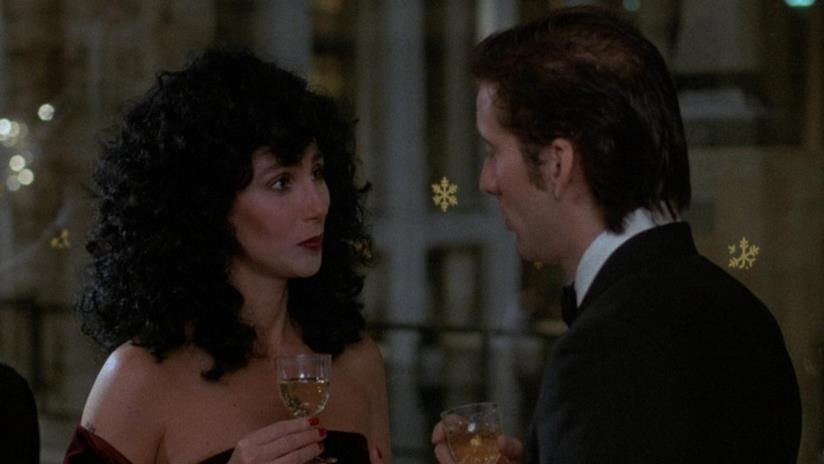Cher vince l'Oscar nel 1988 per Stregata Dalla Luna